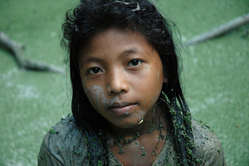 A Cashinahua girl in south-east Peru. Nearby live members of the uncontacted Mastanahua tribe.