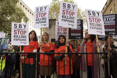 Uk-sby-protest-2_460_landscape