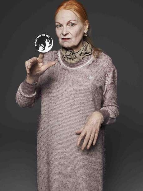 Vivienne Westwood sostiene gli Awá, la tribù più minacciata del mondo. (L'immagine può essere usata solo citando la campagna Awá di Survival International).
