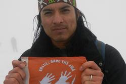 Nixiwaka Yawanawá, âgé de 26 ans, est le premier Indien d'Amazonie à gravir le Ben Nevis