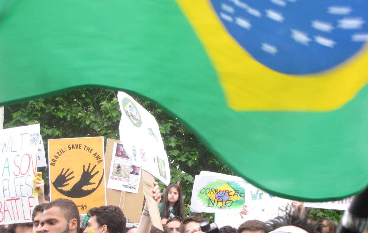 Les manifestants à Londres demandent le respect des droits des Indiens.