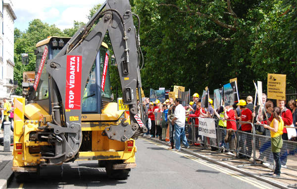 Protest at the Vedanta AGM 2009.