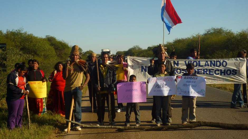 The Paraguayan government has begun negotiations with the Ayoreo Indians over their longstanding land claim.