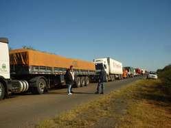 Ayoreo blocking Pan-American Highway to protest land invasion