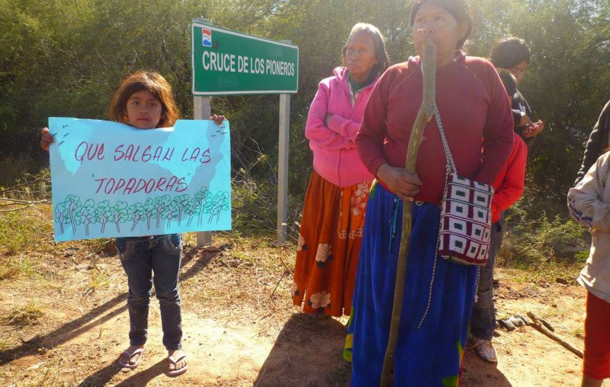 The Ayoreo blocking the Pan-American Highway to protest against land invasion