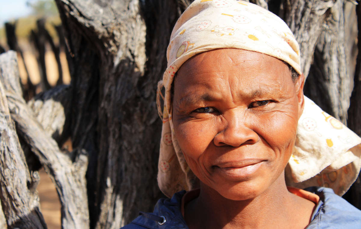 Bushman woman from the community of Ranyane located on Bushmen ancestral land on the Central Kalahari Game Reserve, Botswana. In June 2013, the Ranyane Bushmen won a significant court victory in their struggle to stay on their land.