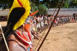 Kayapó at an anti-dam protest, Piaraçu, Mato Grosso, Brazil, 2006. Two hundred representatives of the Mebegokre Kayapó Indians met for five days to discuss the Belo Monte dam and four other dams which will devastate their lands.