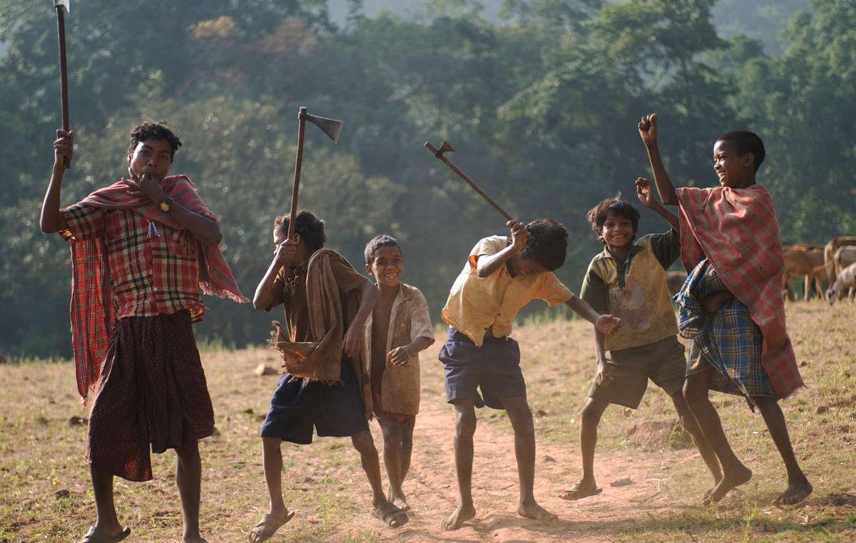 Les Dongria Kondh célèbrent leur victoire sur le géant minier britannique Vedanta Resources.