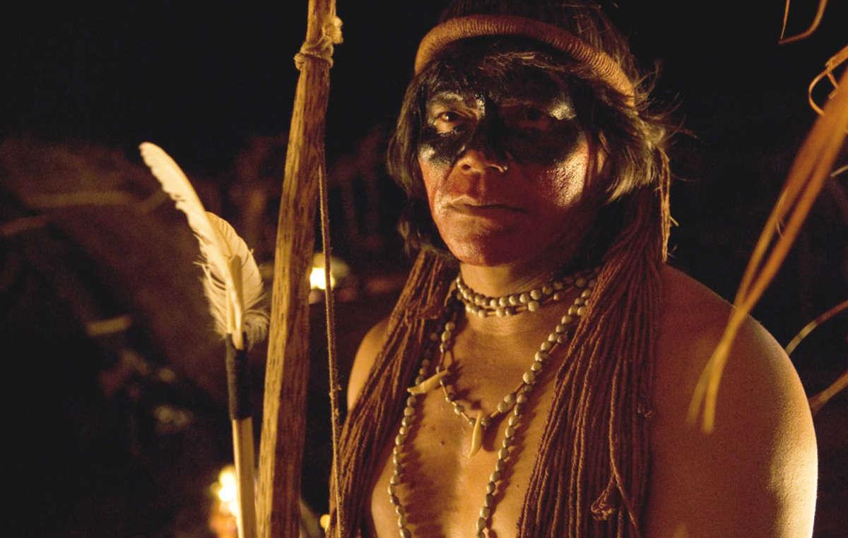 Ambrôsio Vilhalva ha interpretato la parte del leader Nadio nel film di Marco Bechis Birdwathers.