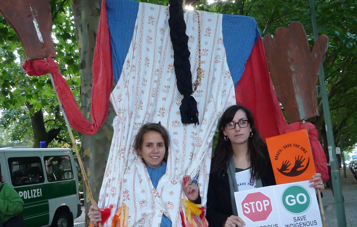 Protestors in front of the Brazilian embassy in Berlin.