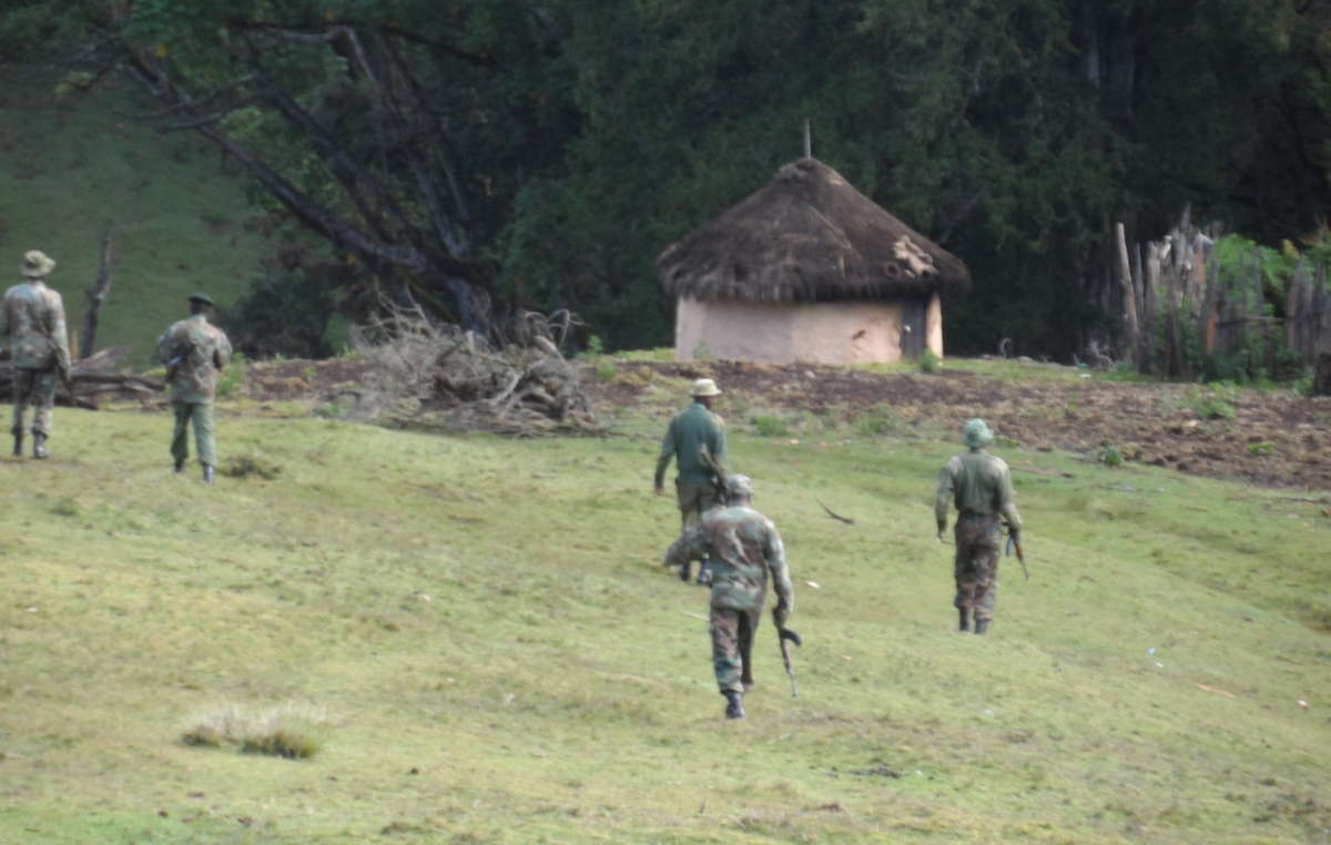 Forest guards arrive in Kenya's Embobut Forest in preparation for the evictions, January 2014.