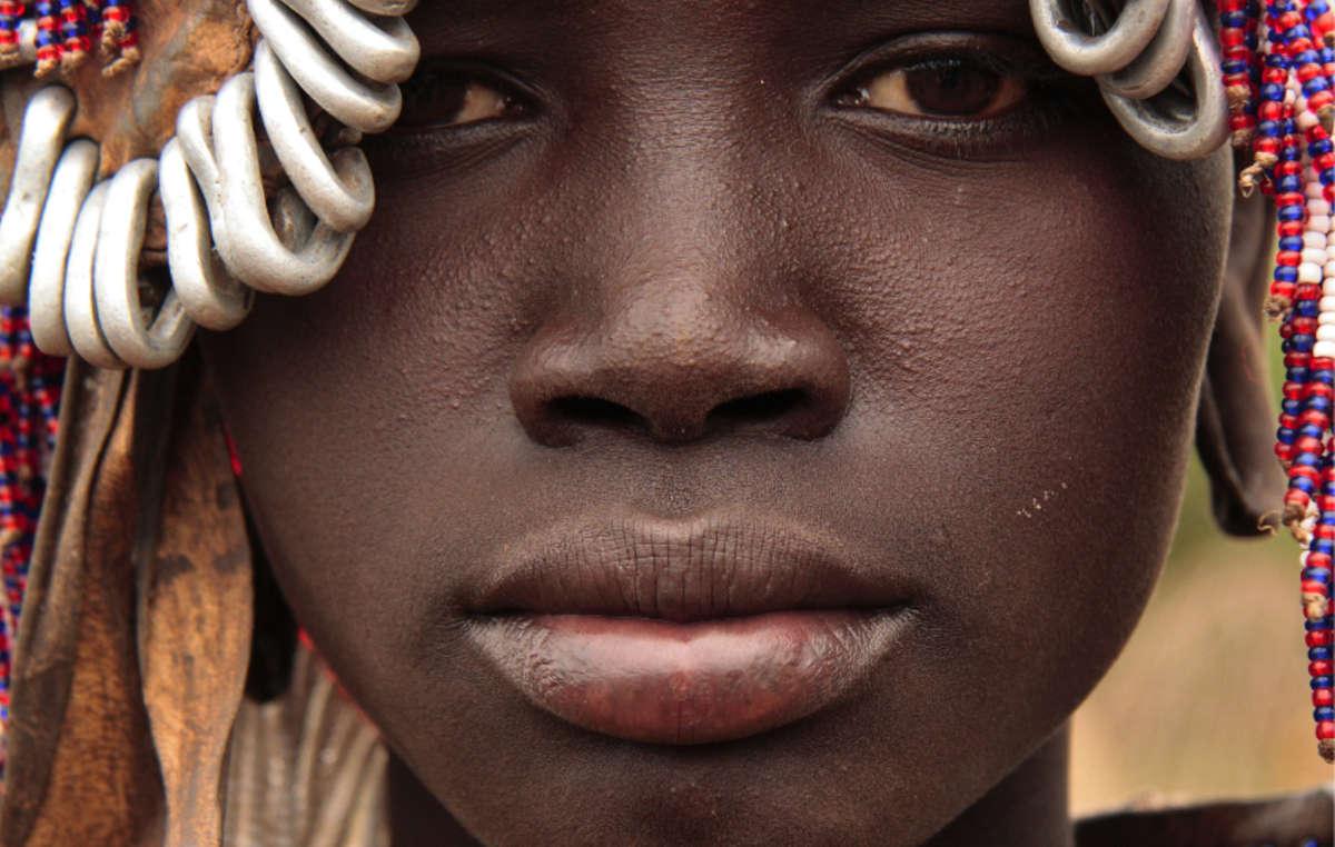 Mursi-Mädchen, Äthiopien