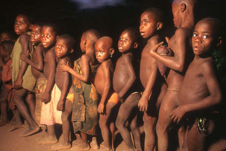 Pygmies-40_460_landscape