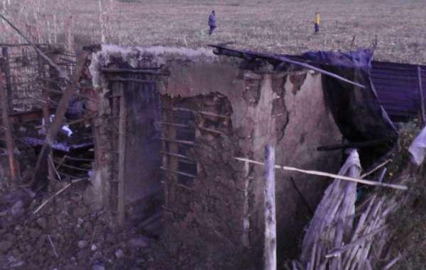Une maison ogiek détruite par les autorités.