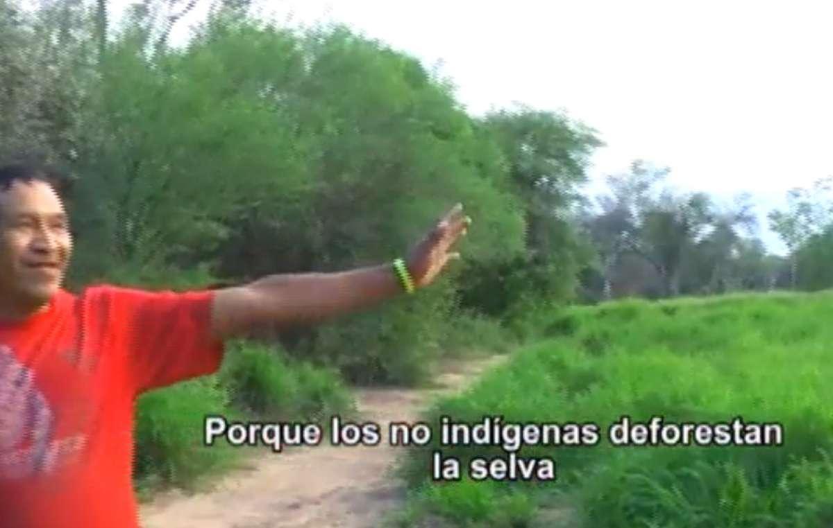 El líder ayoreo Esoi Chiquenoi nos muestra la deforestación en la tierra de su tribu en un excepcional llamamiento en vídeo para proteger el bosque de los ayoreos no contactados.