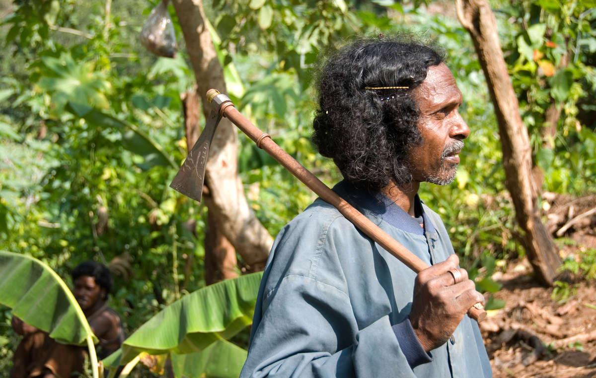 Dongria Kondh man, Niyamgiri, Orissa