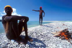 Jarawa men, Andaman Islands