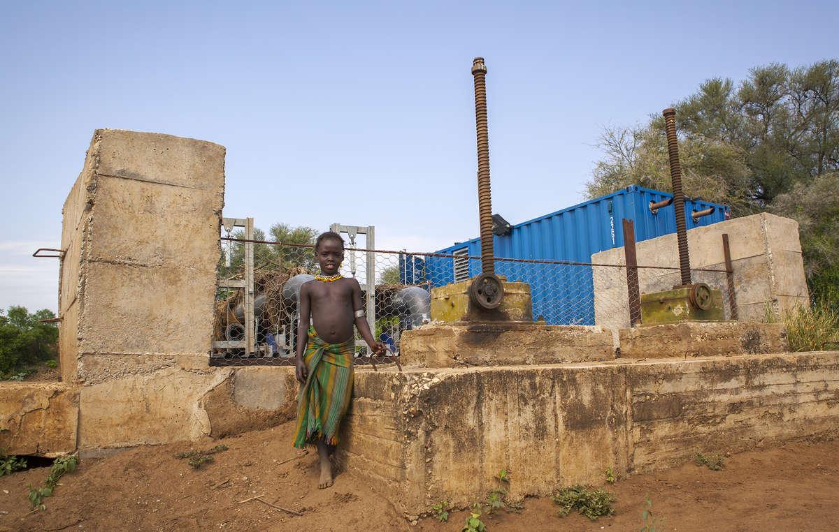 Les Daasanach sont forcés dabandonner leurs terres pour faire place au développement des infrastructures telles que cette station de pompage géante à Omorate qui facilitera lirrigation des plantations.