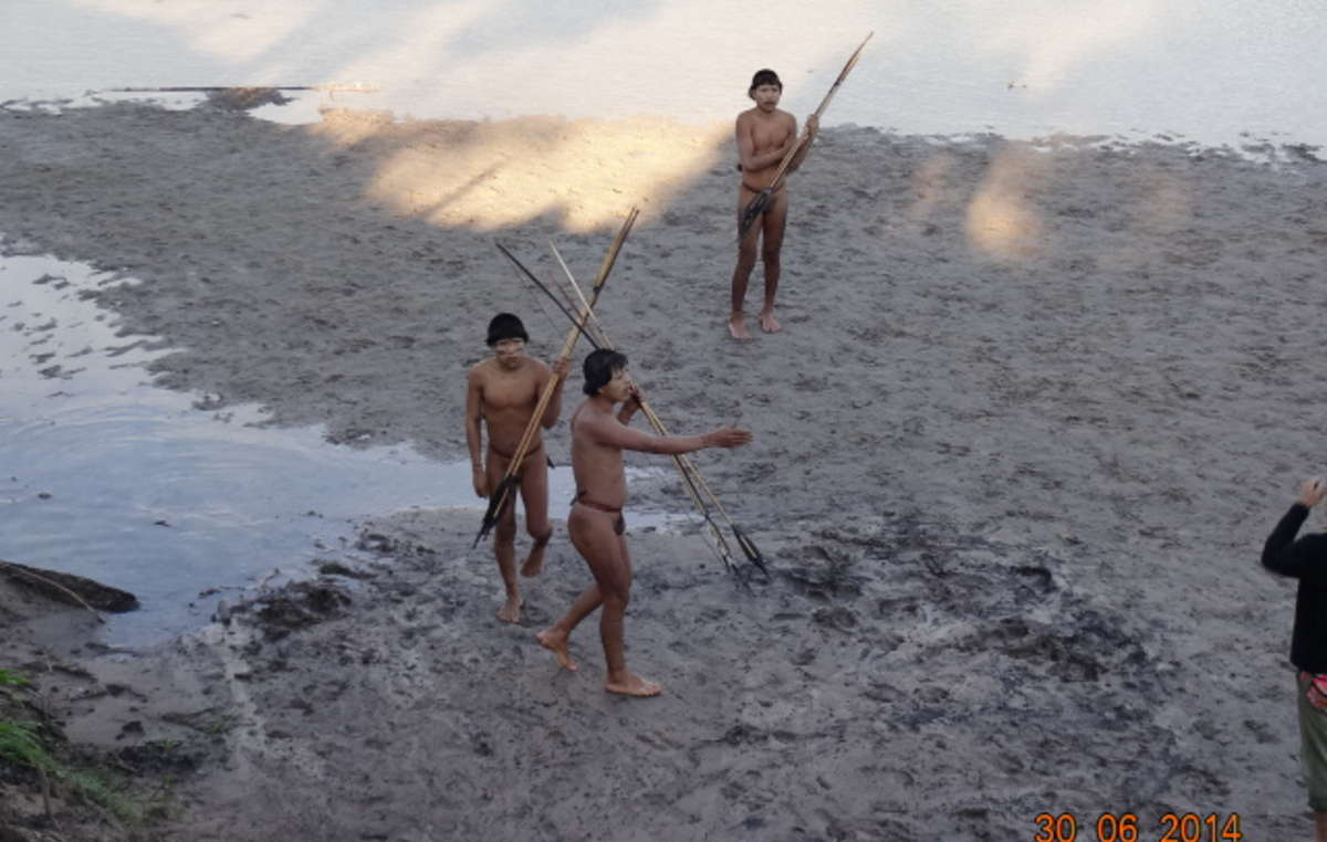 Uncontacted Indians made contact with a settled Ashaninka community near the Brazil-Peru border in June 2014. The uncontacted Indians appeared young and healthy, but reported shocking incidents of a massacre of their older relatives. After first contact, the Indians contracted a respiratory infection and were treated by a medical team.