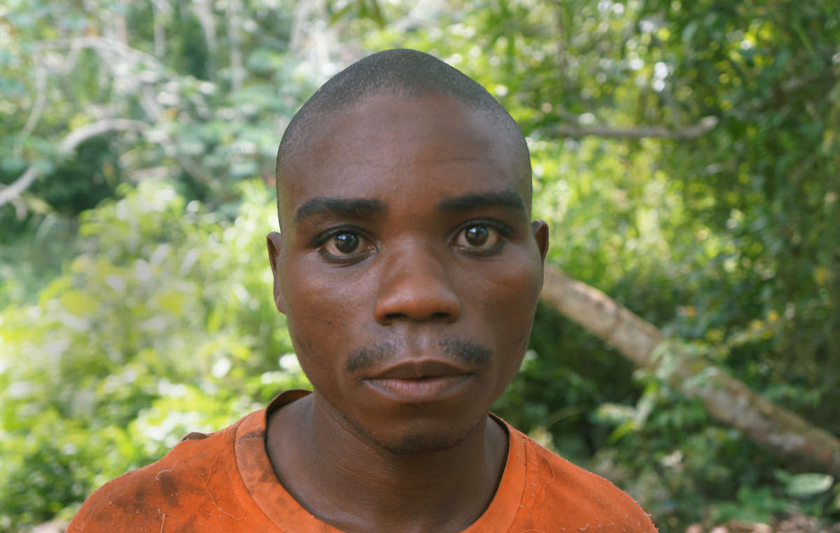 This Baka man was beaten by guards. Survival has spoken to dozens of similar victims across the Congo Basin.