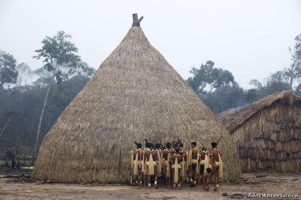 in bildern indigene feste zeigen menschliche vielfalt survival international. Black Bedroom Furniture Sets. Home Design Ideas